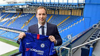 Petr Chech finally returns to former club , Chelsea