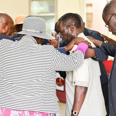 Nyong'o embarrasses money-hungry clerics