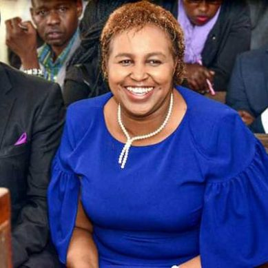 Family badly humiliates Marianne Kitany at Linturi's father funeral