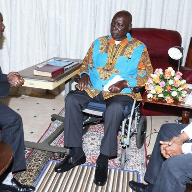 Family forces ex-president Moi back to hospital against his wish
