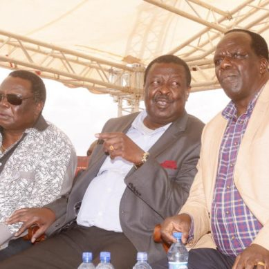 Oparanya declares total war on Mudavadi
