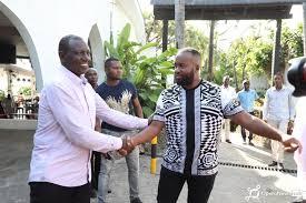 Joho tears into Ruto after his Coastal tour